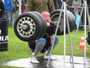 Strongman squat
